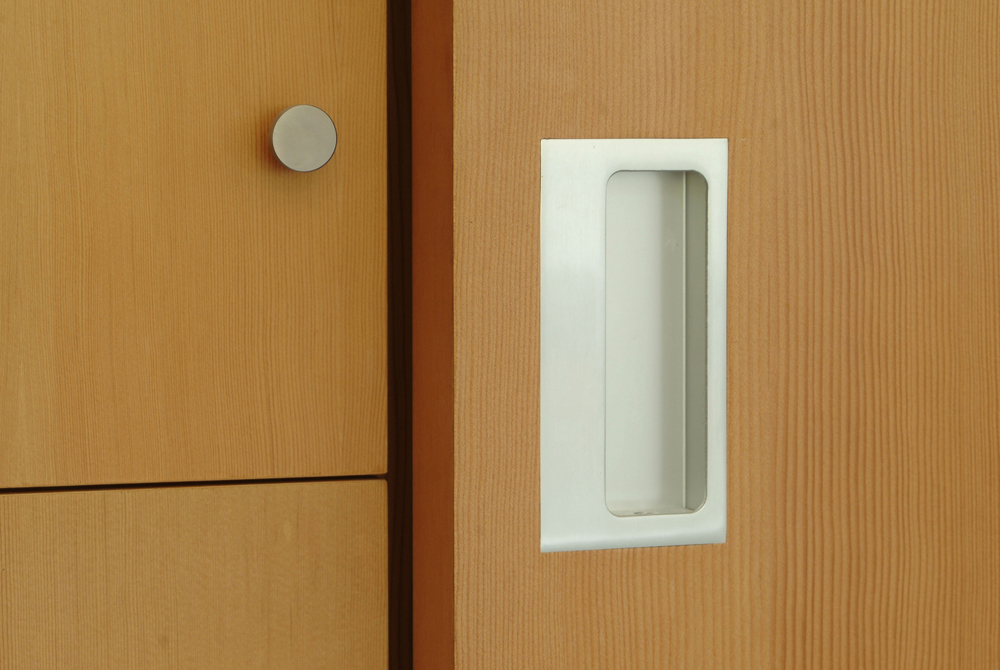 contemporary-residence-door-pull-carpinteria-california