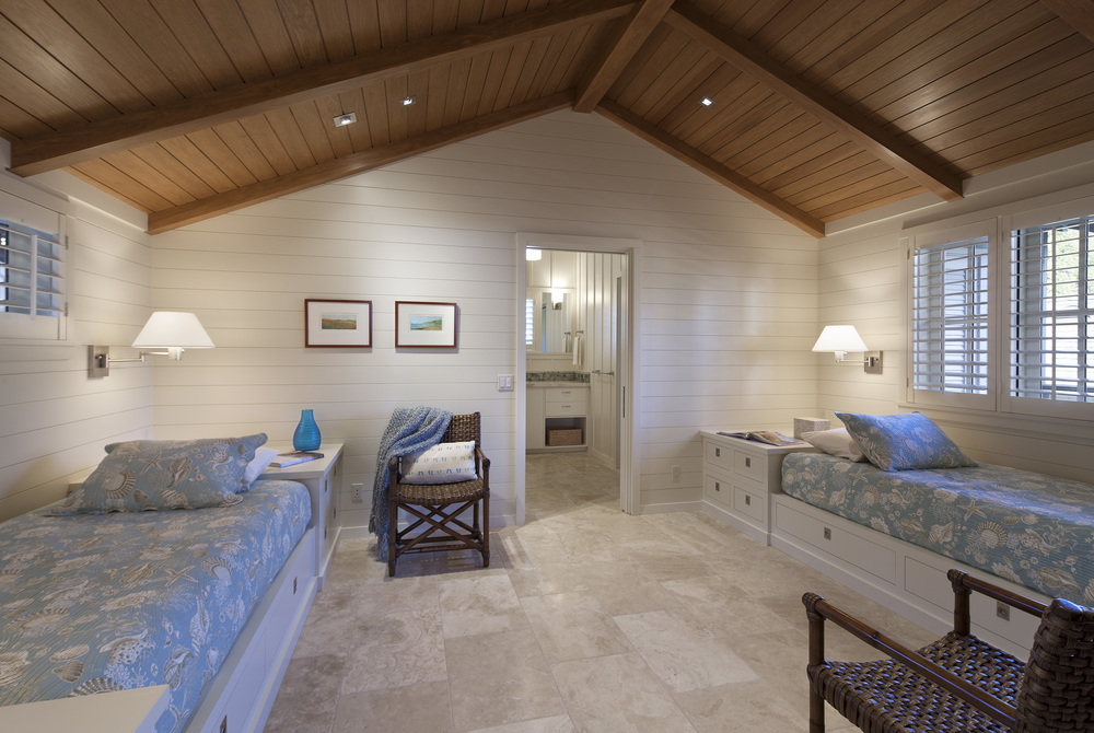 guest-bedroom-2-carpinteria-beach-home