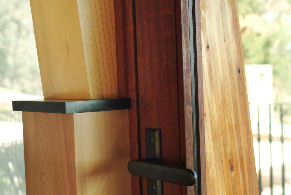 contemporary-residence-door-latch-carpinteria-california