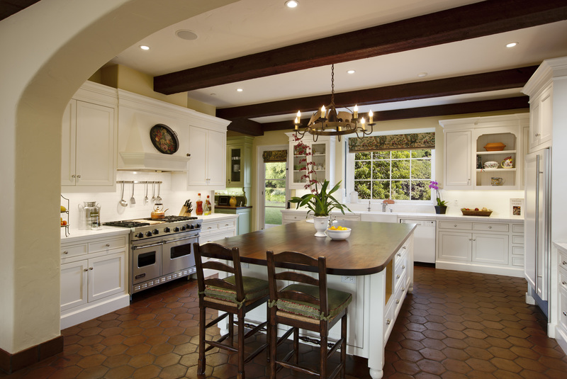 Montecito ranch spanish colonial dd ford construction for Spanish style kitchen designs